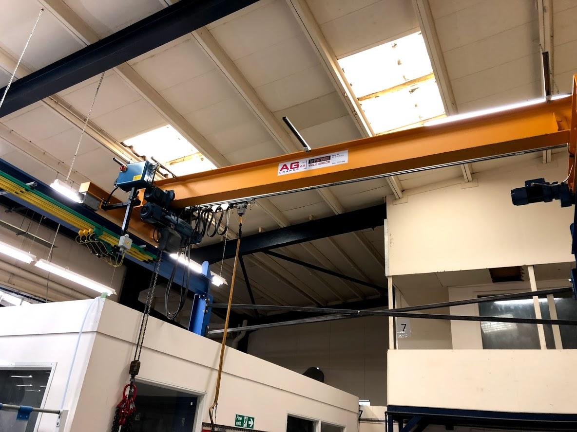 1 tonne crane